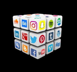 social media 2690966_1280 300x281